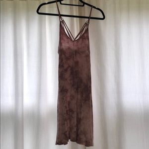 Pink tie-dyed casual dress